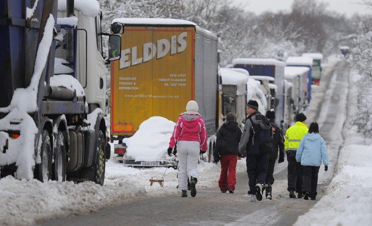 45 οι νεκροί από την κακοκαιρία στην Ευρώπη | Newsit.gr