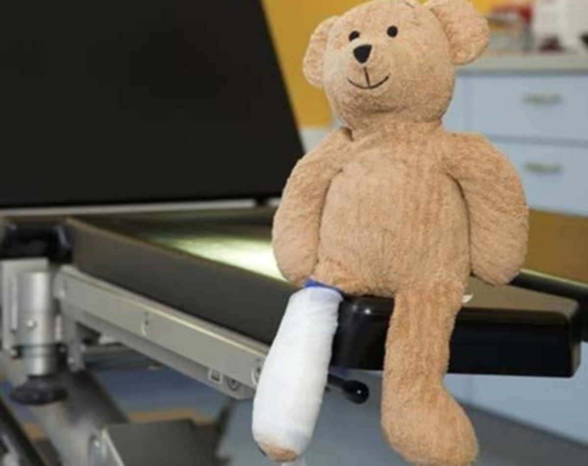 Κλινική που θεραπεύει πληγωμένα …παιχνίδια | Newsit.gr
