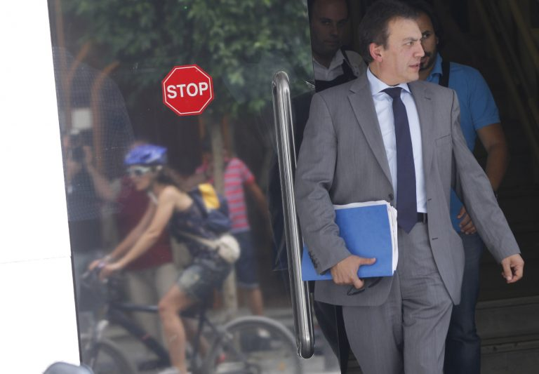 Βρούτσης: Εθνικός στόχος η εξόφληση 40.000 εφάπαξ μέσα στο 2013 | Newsit.gr