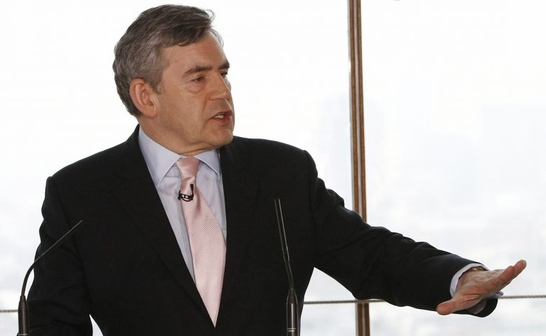 Υπόσχεται μεταρρυθμίσεις ο Γκόρντον Μπράουν | Newsit.gr