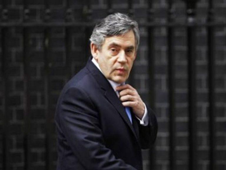 Βρετανία: Τρέχουν να καλύψουν το έλλειμμα | Newsit.gr