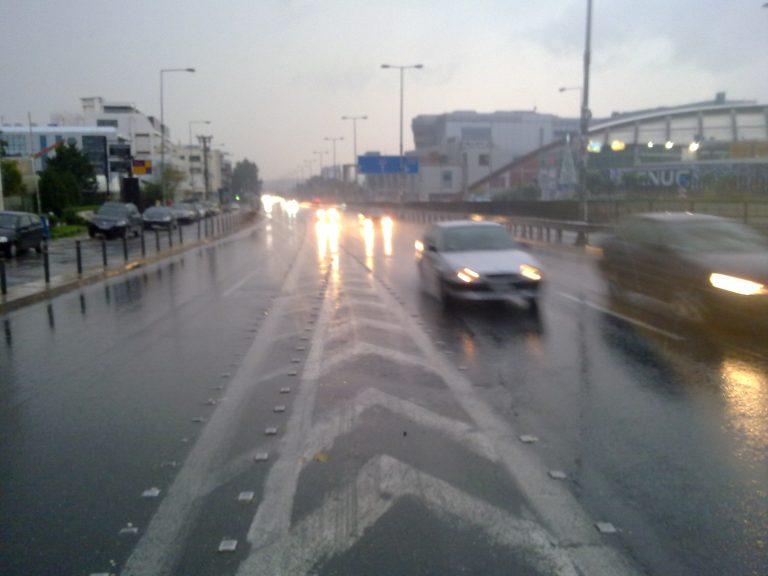 Αγρίεψε ο καιρός με καταιγίδες και χιόνια και τσουχτερό κρύο | Newsit.gr
