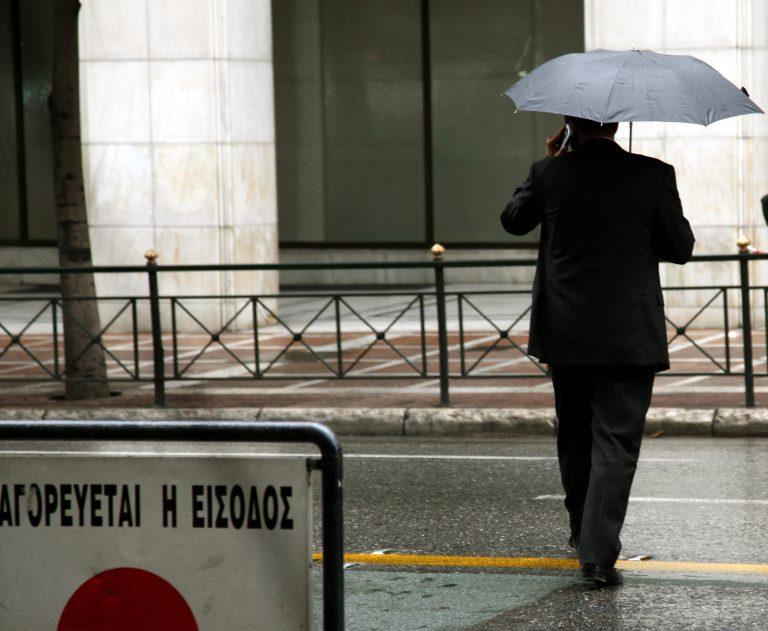 Τοπικές βροχές και καταιγίδες σε όλη τη χώρα   Newsit.gr