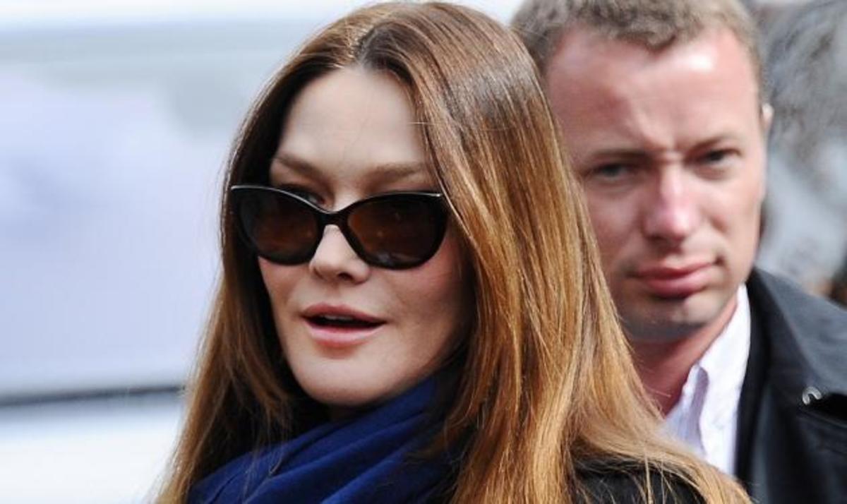 Carla Bruni: Μήπως το παράκανε με το Botox; Δες φωτογραφίες | Newsit.gr