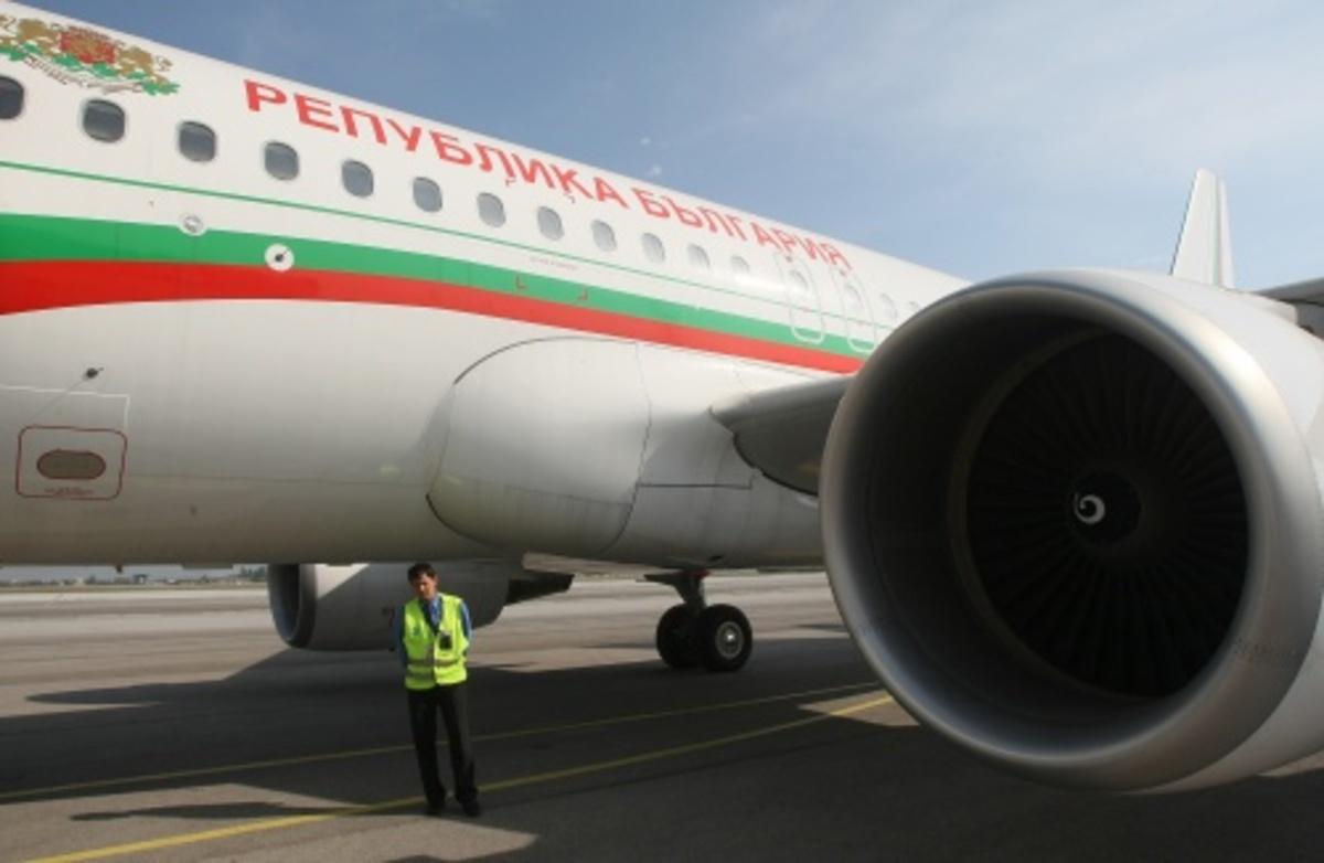 Στο έδαφος το αεροπλάνο του βούλγαρου προέδρου | Newsit.gr