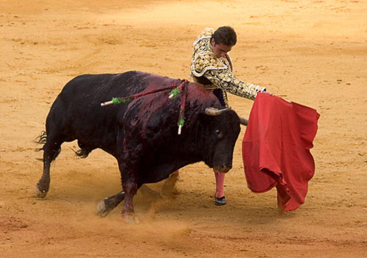 Αφιονίστηκαν» τα ελληνικά spreads από τον ισπανικό ταύρο | Newsit.gr