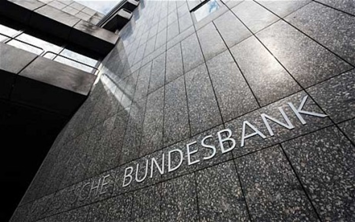 Bundesbank: Καλύτερα να πτωχεύσετε παρά να χαλαρώσει το Μνημόνιο | Newsit.gr