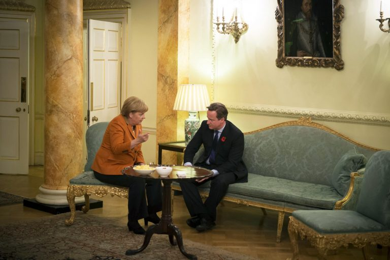 Έτοιμη να υπογράψει τον προϋπολογισμό της Ε.Ε. η Βρετανία | Newsit.gr