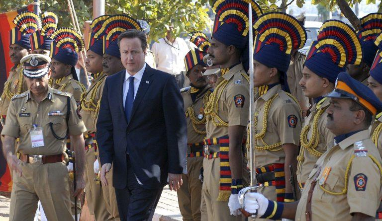 Επίσκεψη Κάμερον στην Ινδία με στόχο την ανάπτυξη των εμπορικών ανταλλαγών | Newsit.gr