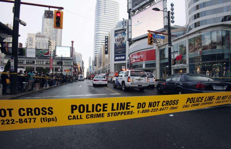 Πυροβολισμοί σε εμπορικό κέντρο – Ενας νεκρός-  ΦΩΤΟ | Newsit.gr