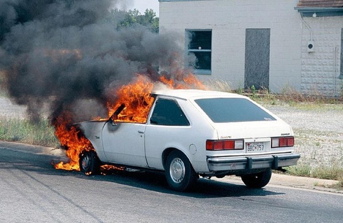 Έκαψε 102 αυτοκίνητα πολυτελείας – Καταδικάστηκε σε 7 χρόνια κάθειρξη | Newsit.gr