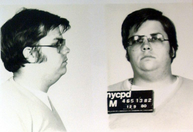 Παραμένει στη φυλακή ο δολοφόνος του Τζον Λένον | Newsit.gr