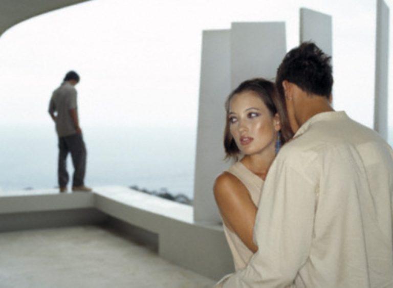 Αχαΐα: Σύζυγος και εραστής τσακώνονταν για τα μάτια μιας γυναίκας! | Newsit.gr