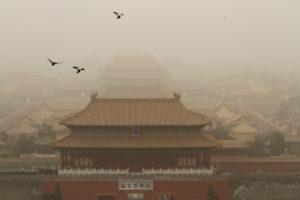 Αμμοθύελλες «μαμούθ»… πνίγουν το Πεκίνο! Εντυπωσιακές φωτογραφίες