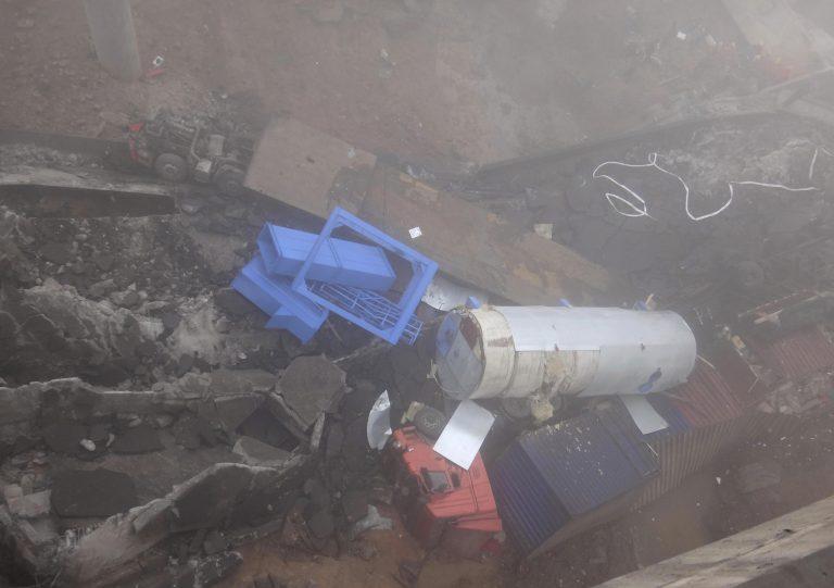 Θρήνος στην Κίνα, 26 νεκροί από έκρηξη φορτηγού – Εντυπωσιακές εικόνες   Newsit.gr