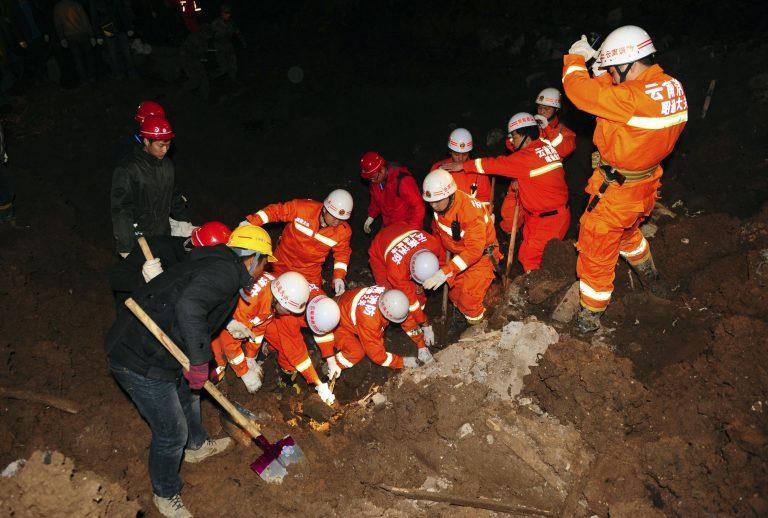 19 παιδιά ανάμεσα στους νεκρούς από κατολίσθηση στην Κίνα   Newsit.gr