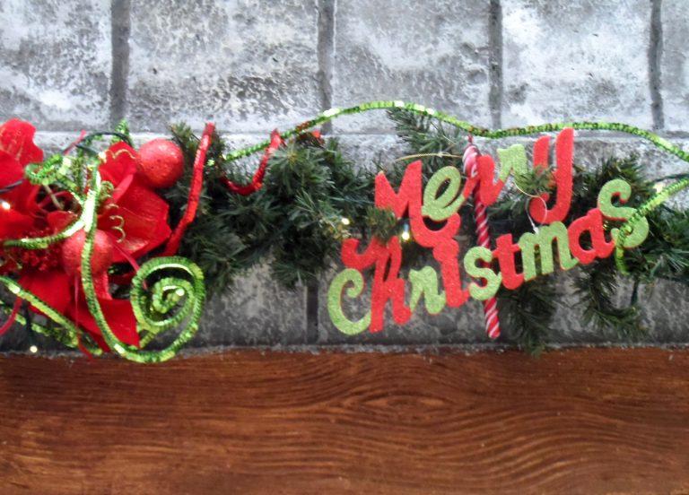 Το ρεκόρ Γκίνες για το μεγαλύτερο χριστουγεννιάτικο στεφάνι διεκδικεί χωριό της Σλοβενίας | Newsit.gr