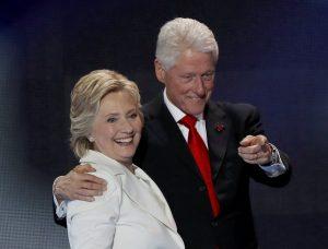 """""""Σπαζοκεφαλιά"""" τρελαίνει τις ΗΠΑ! Θα λένε """"Πρώτο Κύριο"""" τον Κλίντον;"""