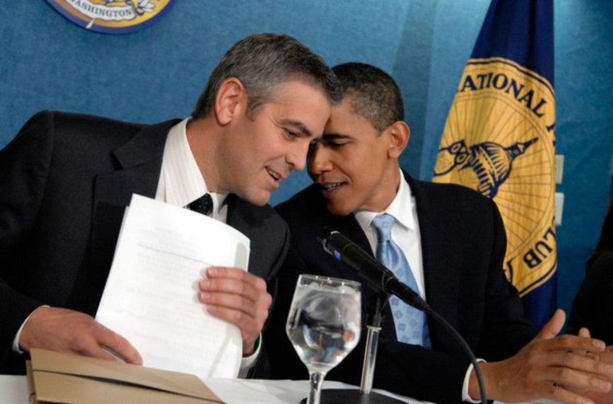 Ομπάμα και Κλούνεϊ έπαιξαν μονό μπασκετάκι | Newsit.gr
