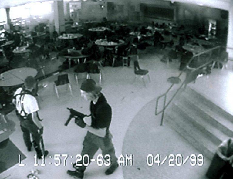 Από το Columbine και το Virginia Tech έως το Oikos – Επιθέσεις σε σχολεία των ΗΠΑ που χαράχθηκαν στη μνήμη | Newsit.gr