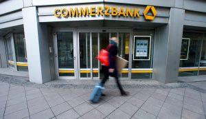 Η δεύτερη μεγαλύτερη γερμανική τράπεζα Commerzbank απολύει 10.000 υπαλλήλους!
