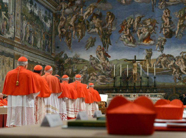 Εκλογή Πάπα: Θα βγει σήμερα λευκός καπνός; LIVE από το Βατικανό | Newsit.gr