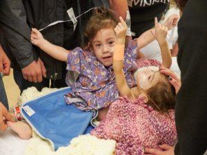Παγκόσμια συγκίνηση για τα σιαμαία δίδυμα κοριτσάκια! Διαχωρίστηκαν επιτυχώς [pics]