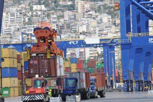 SZ: Μέσα από τον Πειραιά η Κίνα «κατακτά» την Ευρώπη – Ο άνθρωπος «κλειδί» της Cosco