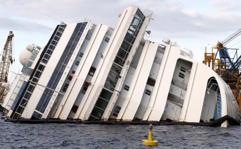 Νέο βίντεο από το ναυάγιο του Costa Concordia δόθηκε στη δημοσιότητα | Newsit.gr