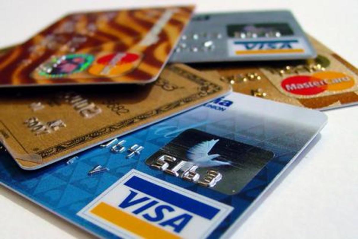 Στα χέρια της αστυνομίας όλη η σπείρα με τις πλαστές πιστωτικές κάρτες | Newsit.gr