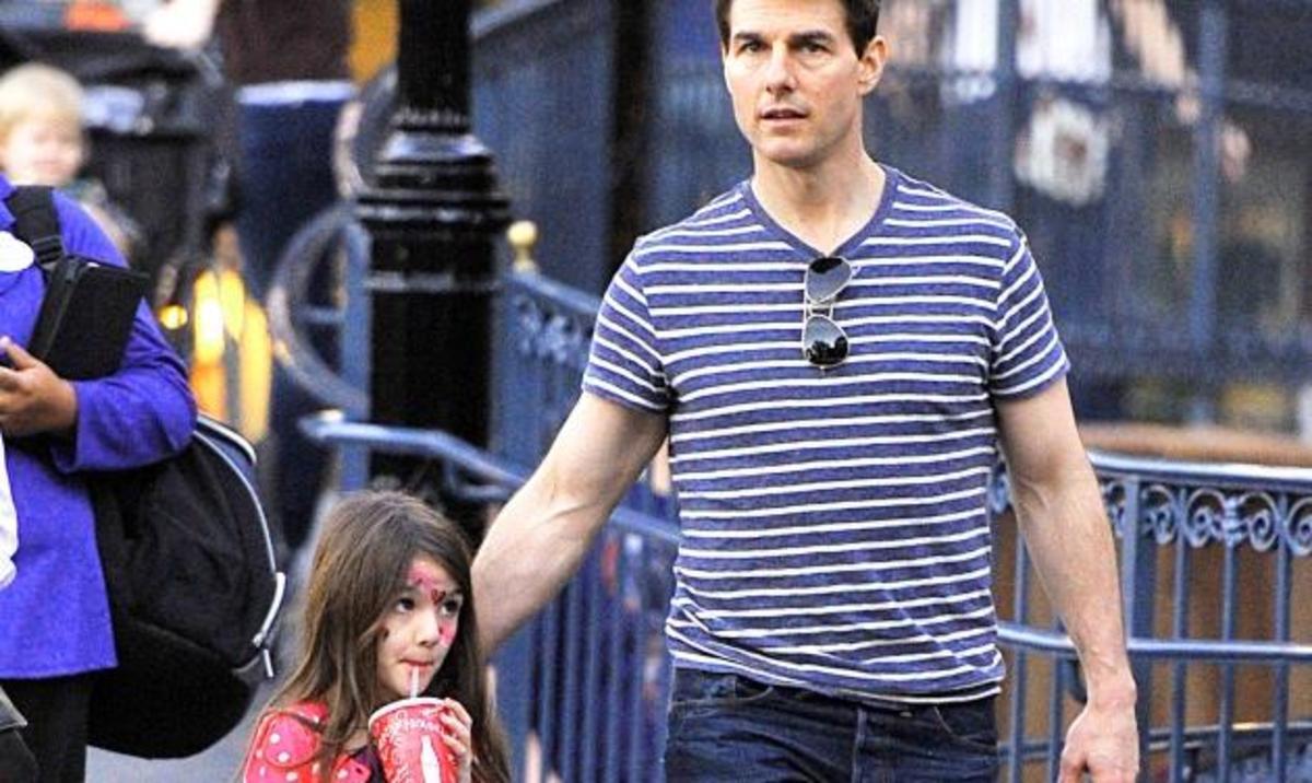 Tom Cruise: Έκανε αγωγή σε περιοδικά που έγραψαν ότι εγκατέλειψε την κόρη του! Ζητάει 50 εκατ. δολάρια   Newsit.gr