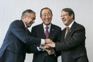 Αποκαλύψεις για το Κυπριακό:  Τι συμφώνησαν Ακιντζί και Αναστασιάδης