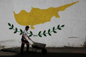 Κυπριακό: «Πυροσβέστης» ο Άϊντε για να ξαναξεκινήσουν οι συνομιλίες