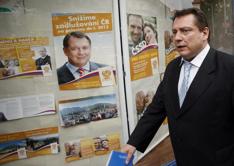 Παραιτείται ο αρχηγός του σοσιαλδημοκρατών στην Τσεχία   Newsit.gr