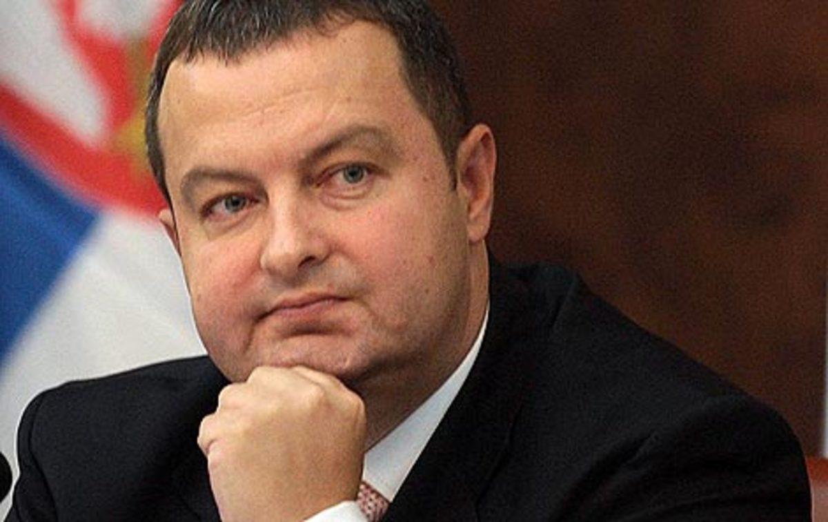 Η Μαφία απειλει τον υπ. Εσωτερικών και την οικογένειά του | Newsit.gr