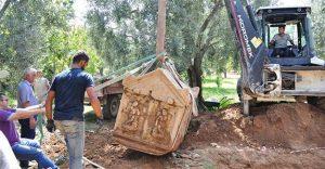 Αρχαϊκοί τάφοι με ανάγλυφο του Θεού Έρωτα ανακαλύφθηκαν στην Προύσα