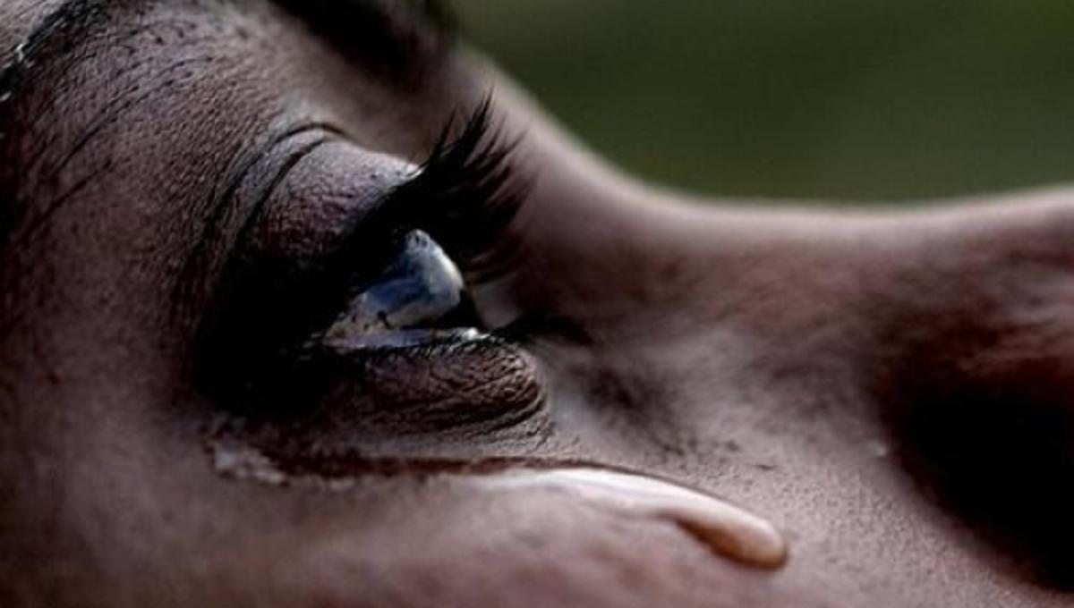 Δάκρυα: Τι να κάνουμε όταν τα μάτια μας δακρύζουν ασταμάτητα; | Newsit.gr