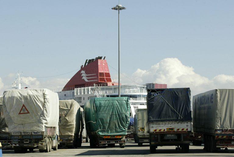 Μετανάστες έφτασαν «κατεψυγμένοι» στην Κρήτη -Έμειναν τρεις μέρες σε φορτηγό ψυγείο! | Newsit.gr