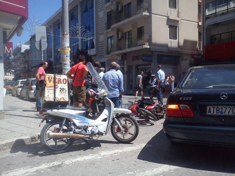 Αχαϊα: Μετωπική θανάτου για γυναίκα οδηγό μηχανής   Newsit.gr