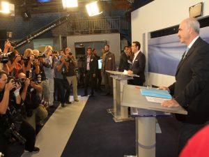 Debate πολιτικών αρχηγών: «Απροσδόκητα σκληρός αντίπαλος ο Μεϊμαράκης»