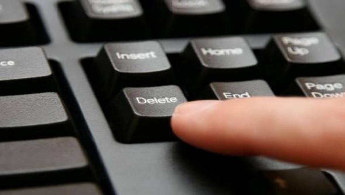 Πως να σβήστε τα ψηφιακά σας ίχνη από το διαδίκτυο!   Newsit.gr