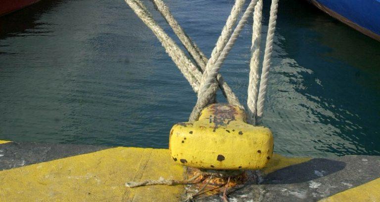 Δεμένα τα πλοία την Πέμπτη   Newsit.gr