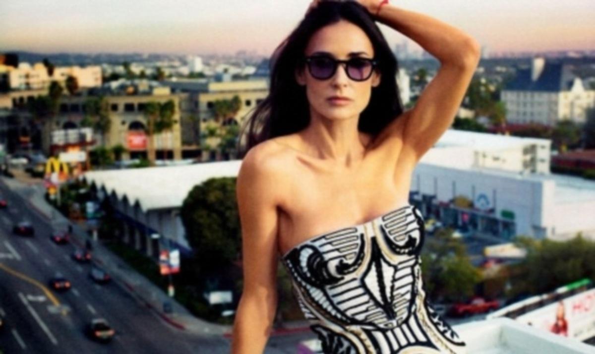 Demi Moore: Χώρισε και στο twitter! | Newsit.gr