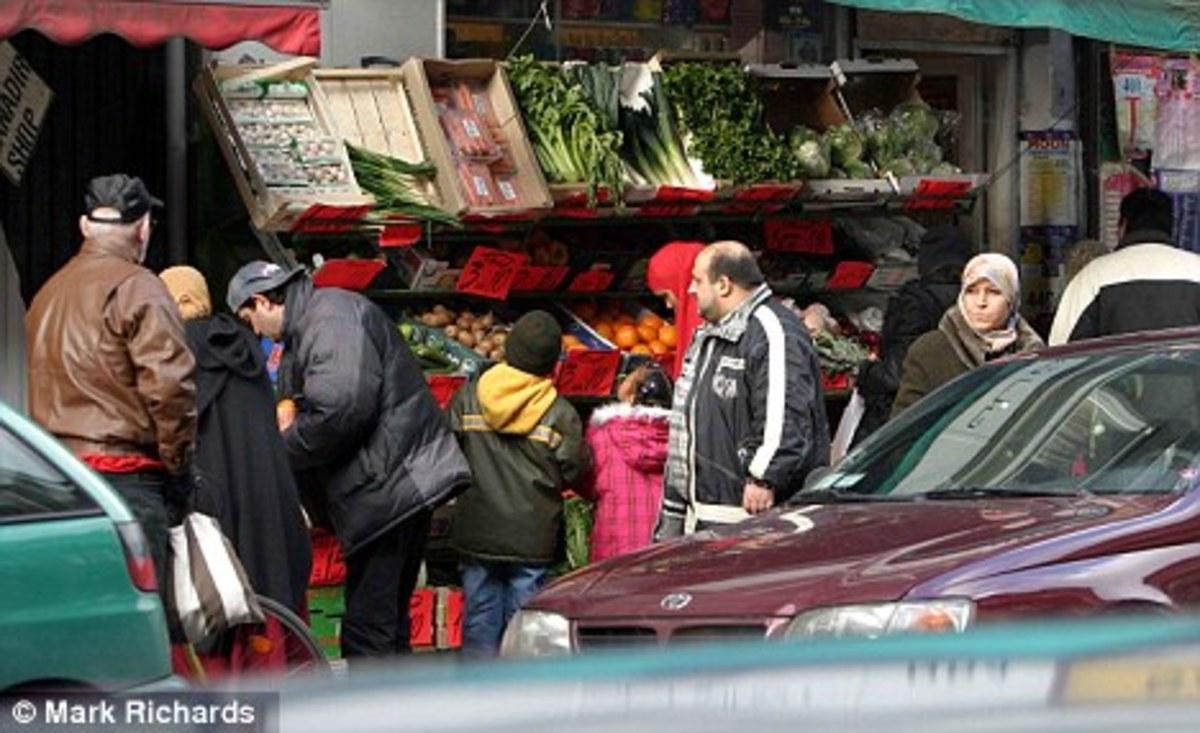 Συγκρούσεις μεταναστών στην Κοπεγχάγη   Newsit.gr
