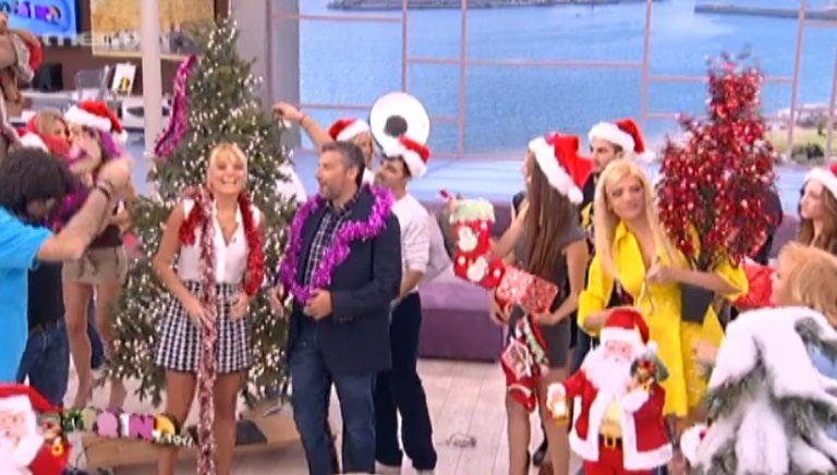 Απίστευτο! Λιάγκας – Σκορδά έκαναν πρεμιέρα με χριστουγεννιάτικο δέντρο και κάλαντα! | Newsit.gr