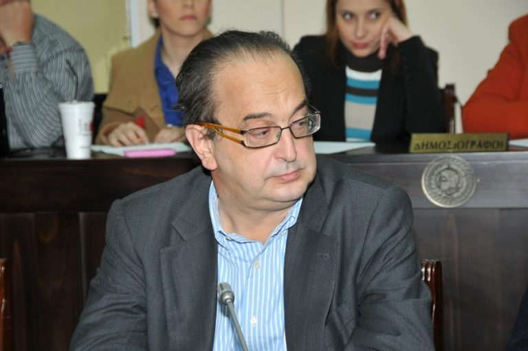 Πάτρα: Απείλησε τον δήμαρχο πως θα του σπάσει το κεφάλι! | Newsit.gr