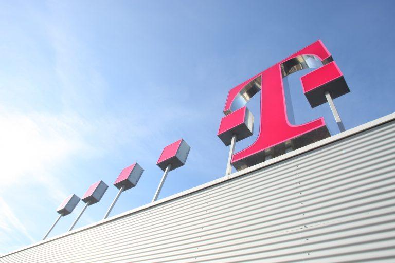 1.200 εργαζόμενους απολύει η Deutsche Telekom | Newsit.gr