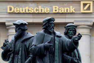 Επικεφαλής Deutsche Bank: Το ιταλικό δημοψήφισμα φέρνει αναταραχή
