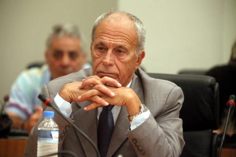 Καταγγελία Δημαρά για λίστα με καταθέσεις που ανέβηκε στο Facebook | Newsit.gr
