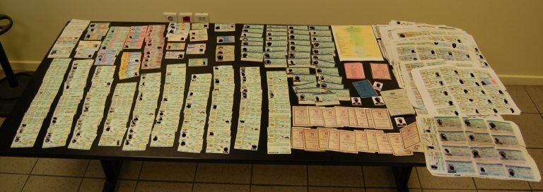 Εργαστήριο πλαστών ταξιδιωτικών εγγράφων – Έως 1.500 ευρώ το κεφάλι | Newsit.gr